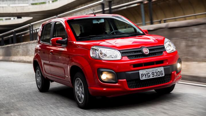 Fiat Uno 2021 vermelho frente