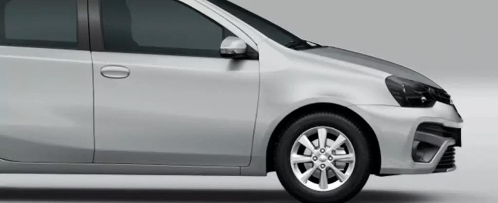 Toyota Etios 2021 frente direita