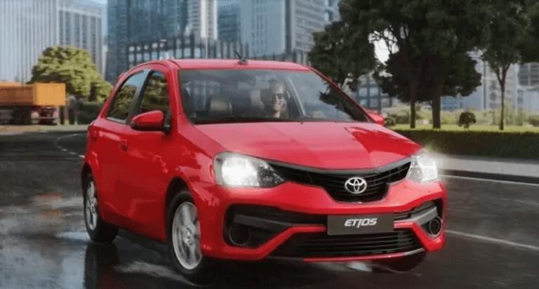 Toyota Etios 2021 frente vermelha