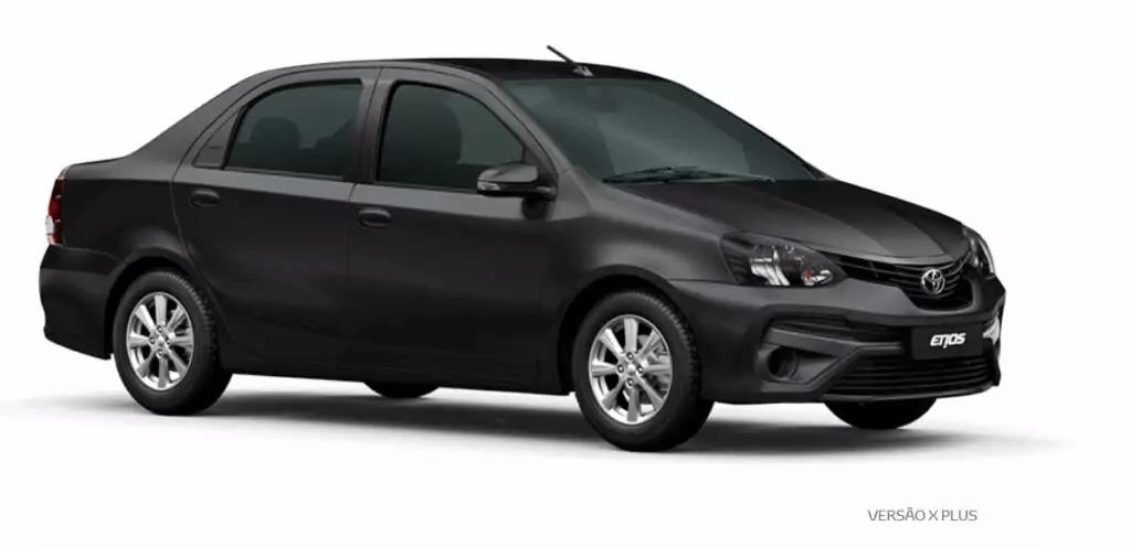 Toyota Etios 2021 lateral direita