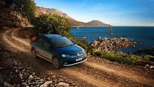 VW Saveiro 2021 frente direita
