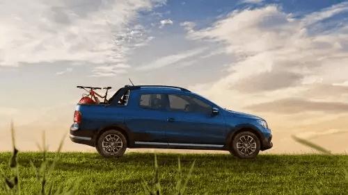VW Saveiro 2021 lateral direito